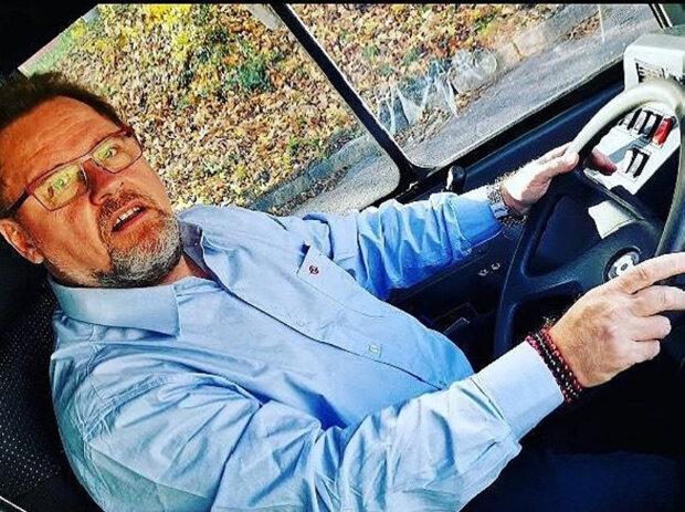 """""""Měl jsem možnost řídit kolem třiceti nejrůznějších autobusů"""": Václav Kopta je rád, že za volant může sedat i nadále"""