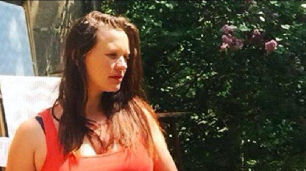Kristýna Leichtová odpočítává dny do porodu a je pyšná na své bříško