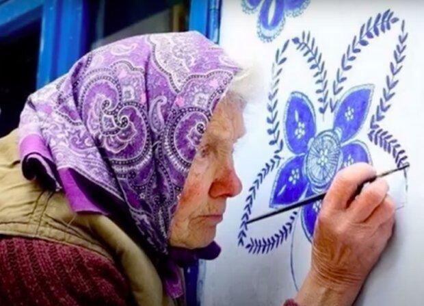 """""""Snažím se tento svět ozdobit aspoň trochu"""": Jak 90letá Anežka Kašpárková maluje dům"""