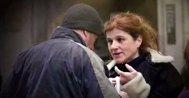 Dívka přistoupila, aby rozdělit jídlo s bezdomovcem a pak se z zpráv dozvěděla, že to byl sám Richard Gere