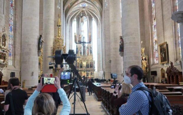 Plzeňská katedrála. Foto: snímek obrazovky YouTube