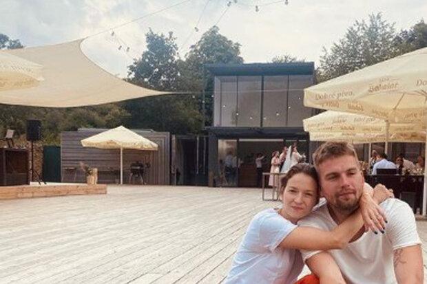"""""""Ach, to byla veselka"""": Berenika Kohoutová zveřejnila snímek z tajné svatby"""