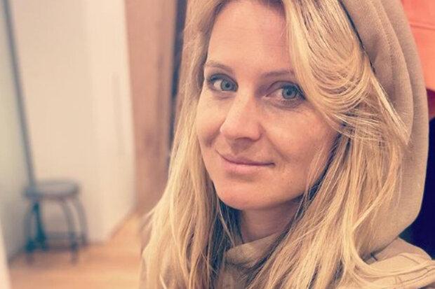 """""""Ráno se probudím a mám obrovsky nateklé zápěstí"""": Lucie Šafářová promluvila o svém boji proti reaktivní artritidě"""