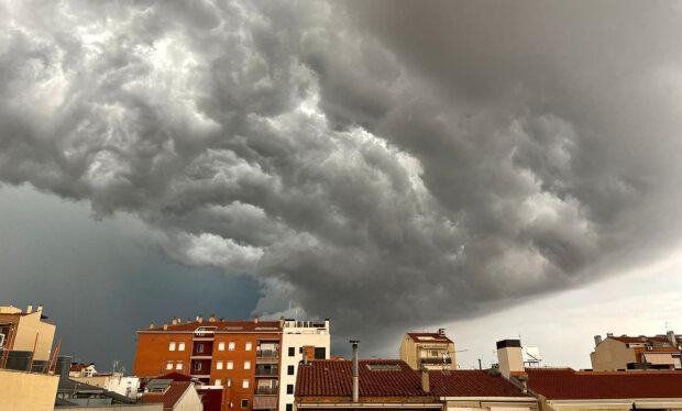 """""""Do konce srpna můžeme očekávat počasí s velkou oblačností"""": Meteorologové řekli, zda v příštích dnech čekat letní počasí"""