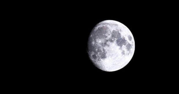 """""""Vliv Měsíce"""": vědci řekli, jaký vliv má na Zemi satelit Země"""