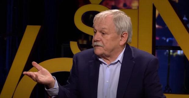 """""""Mým hostem je pouze Josef Alois Náhlovský. Potřebujeme začít znovu bavit lidi"""": Karel Šíp prozradil, proč jezdí s pořadem Minipárty po zemi"""