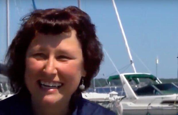 """Neočekávaný úlovek"": žena chytila neobvyklou rybu, která se stala hitem na internetu"