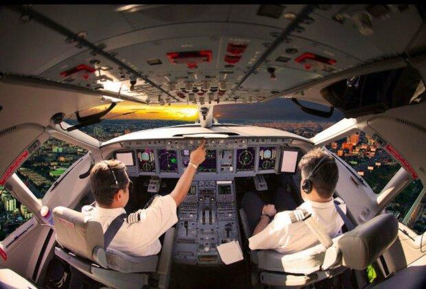 Proč pilot a druhý pilot musí jíst různé jídlo