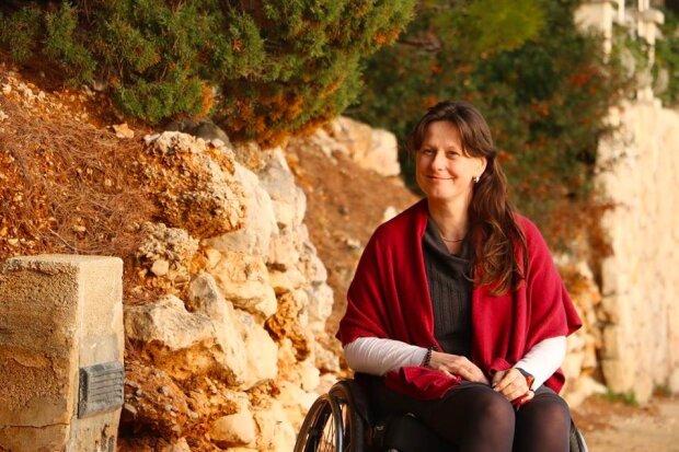 """""""Mám pořád ráda sport a volnost pohybu"""": jak neznámí lidé pomáhají Lucie z StarDance, která před třemi lety ocitla se na vozíku"""